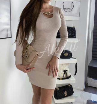 Béžové Šaty CHAIN so zlatou prackou ktorý zaujme a krásne ukáže