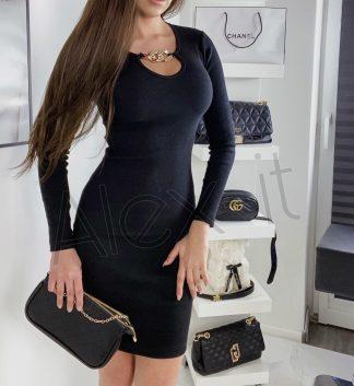 Čierne Šaty CHAIN so zlatou prackou ktorý zaujme a krásne ukáže